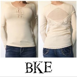NEW BKE Red Buckle Ivory Lace Crochet Top Small S
